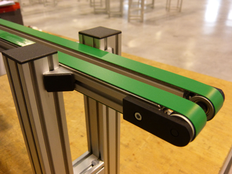 flat-belt-conveyor_elcom-4