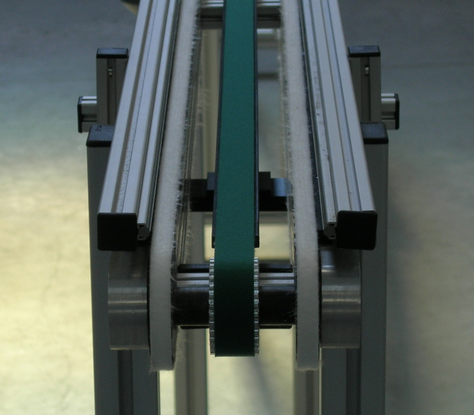 timing-belt-conveyor-specific-solution-7_elcom